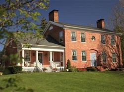 Abner Adams House Bed And Breakfast