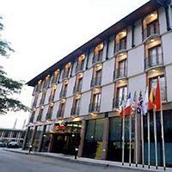 Accura Hotel
